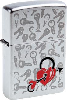 ZIPPO (205 Love Locked)
