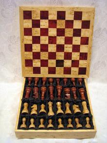 Шахматы   45 х 45 х 11 см (Ш-16)